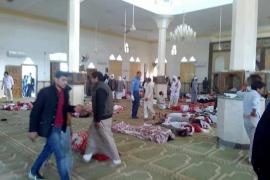 Al menos 270 muertos en un ataque a una mezquita del Sinaí, en Egipto