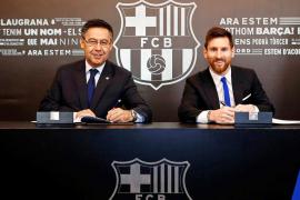 Messi renueva con el Barça hasta 2021