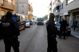 Dos detenidos en Sant Pere de Ribes por enaltecer el terrorismo yihadista