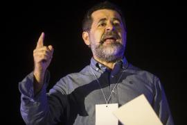 Prisiones expedienta a Jordi Sànchez por camuflar cartas en Soto del Real