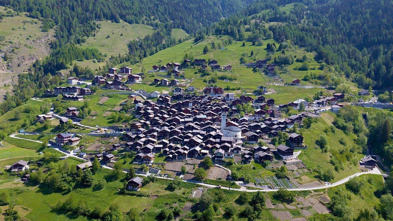 Un pueblo suizo busca familias a cambio de hasta 60.000 euros