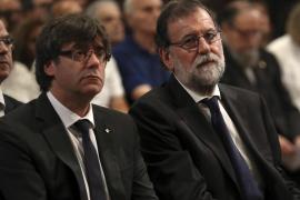 Puigdemont cuestiona la actuación de la Policía y el CNI en los atentados de Barcelona y Cambrils