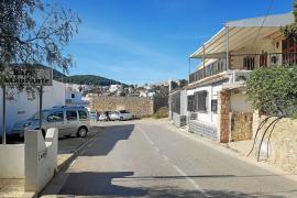 Detenido un vecino de Sant Josep por disparar desde la terraza de su casa tras intimidar a su mujer e hijas