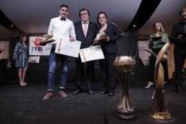 La Federació rinde tributo al balompié nacional y balear y hace entrega de sus Botas de Oro