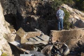 Juzgan a los menores acusados del incendio en una cueva en la que murieron 3 jóvenes