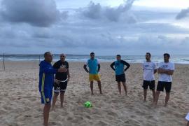 Clase magistral de fútbol playa dirigida por Joaquín Alonso en Palma