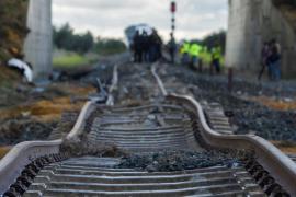 Un vagón del tren accidentado en Arahal circuló 200 metros fuera de los raíles
