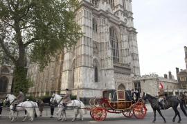Ensayan el desfile militar que acompañará la boda de Guillermo y Kate