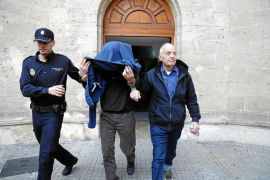 La policía 'tritura' a la 'madame' en un informe: «Es una mentirosa compulsiva»