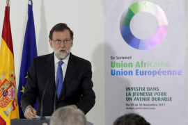 Rajoy: La Comisión creada en el Congreso puede concluir que hay que reformar la Constitución «o no»