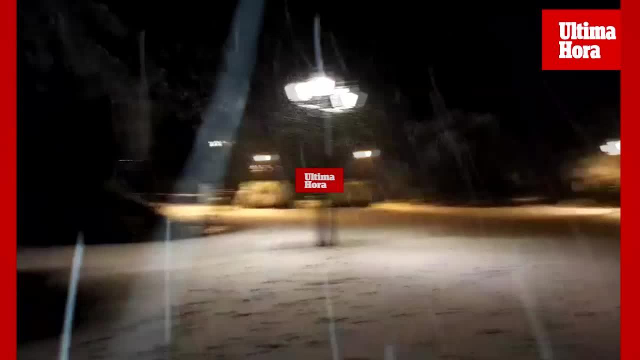 La nieve caída en las últimas horas obliga a cerrar tramos de carretera en la Serra de Tramuntana