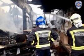 Incendio en una nave de carpintería de Manacor