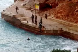 Hallan el cadáver de un varón flotando en aguas de sa Calobra