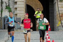 La tercera y última etapa de los 3 Días Trail Ibiza ofreció una carrera con algunas bellas estampas de los 'runners' en pleno es