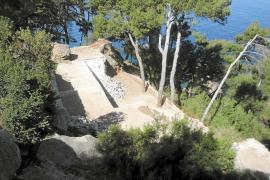 Un juzgado desestima un primer recurso contra las demoliciones de los chalets ilegales de Llucalcari