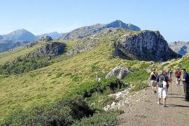 Primer incidente entre excursionistas y guías en la barrera de Ternelles
