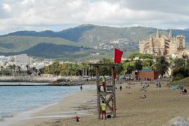 Juicio por masturbarse frente a varias niñas en la playa de Can Pere Antoni