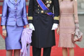 Las pamelas, sombreros y tocados florales dan color a la boda real británica