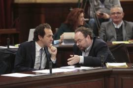 La Ley de Urbanismo de Baleares sale adelante con la disposición criticada por Més y Podemos
