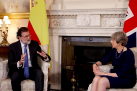 May certifica su apoyo a Rajoy en Cataluña y ambos esperan avanzar sobre el 'brexit'