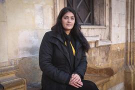La activista Selay Ghaffar llama a la solidaridad internacional por los derechos de las mujeres