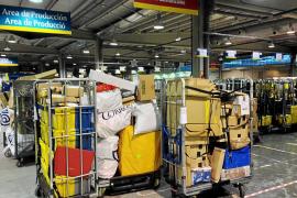 El 'boom' del comercio on-line dispara los envíos de paquetería en Baleares en 2017