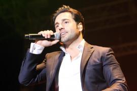Bustamante y Manu Tenorio, entre los 'extriunfitos' que participarán en una gala especial navideña