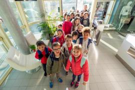 Alumnos del CEIP Sant Antoni visitan las instalaciones de Grupo Prensa Pitiusa (Fotos: Marcelo Sastre).