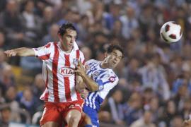 El Atlético aprovecha la expulsión de Lopo, sueña y ahoga al Deportivo
