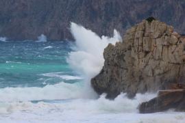 La borrasca 'Ana' traerá a Baleares 24 horas de intensas lluvias y vientos
