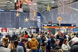 Miles de pasajeros afectados por la tormenta Ana