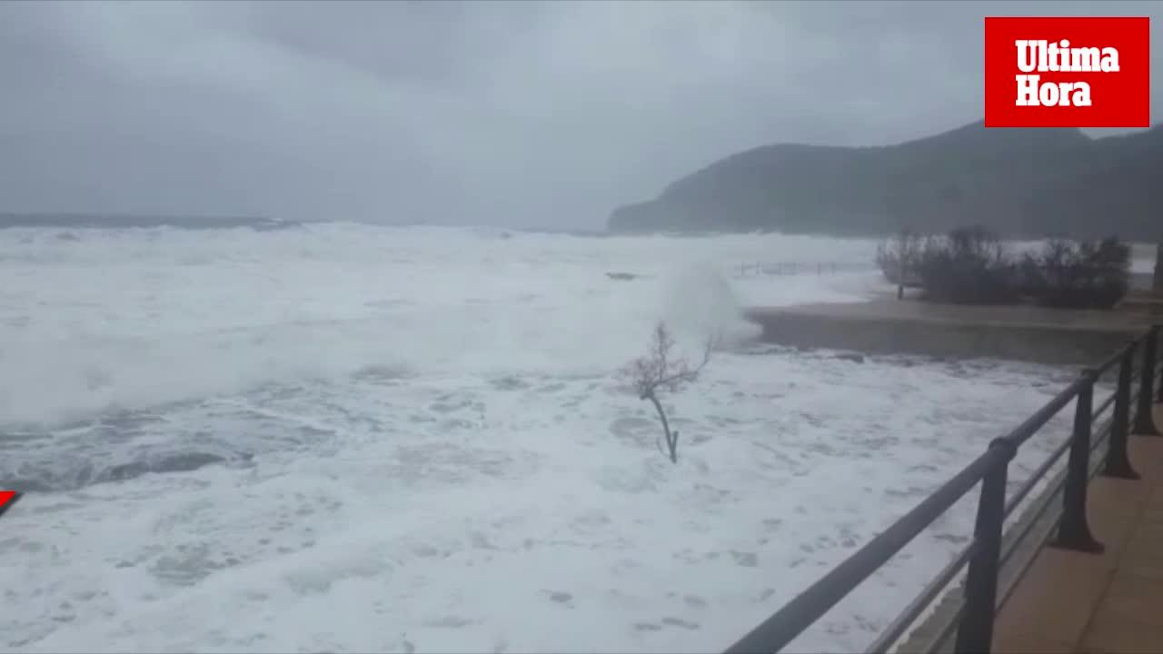 Se reanuda la búsqueda del pescador que fue arrastrado por el mar en Santa Ponça