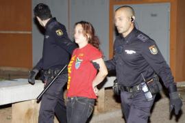 Detenida una mujer que apuñaló a su marido en Palma después de que él le diera una paliza