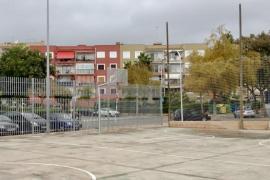 El IME invierte más de 12.000 euros en mejoras para la pista de baloncesto de Los Almendros, en Son Rapinya