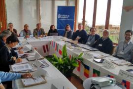 Socios del proyecto 'Emblemàtics' visitan la Serra para crear oferta turística