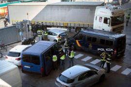 Los Mossos iban a quemar documentos de seguimientos a dirigentes del PP cuando fueron interceptados por la Policía