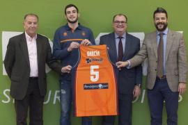 Sergi García, presentado como nuevo jugador del Valencia Basket