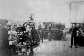 Talleres de La Ultima Hora a principios de siglo XX en calle Matías Montero.