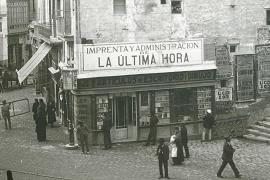 Oficinas de La Ultima Hora en Plaça de Cort, a principios del siglo XX