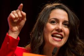 Arrimadas defiende que votar a Cs es una herramienta para enterrar los insultos machistas