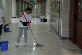 Los trabajadores de limpieza de Son Espases harán huelga si no amplían su plantilla