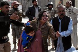 Al menos 9 muertos y 30 heridos en un ataque contra una iglesia metodista en Pakistán