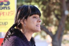 Anna Gabriel pide defender la democracia, «lo único que tenemos los pobres»