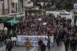 Nueva manifestación contra Penalva y Subirán