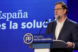 Rajoy plantea que el salario mínimo suba un 4 % en 2018, hasta 735,90 euros