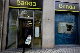 Bankia plantea un ajuste de 2.510 trabajadores por la fusión con BMN