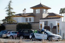Un atracador fallecido y tres detenidos durante el asalto a un chalé de Mairena del Aljarafe