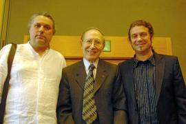 Miquel Bezares logra el Serra d'Or de Poesia por 'L'espiga del buit'