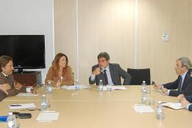 El ministro Blanco firmará mañana en Palma el aumento de los vuelos con las Islas