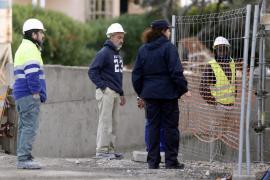 Dos obreros resultan heridos tras caer de un andamio en Santa Ponça